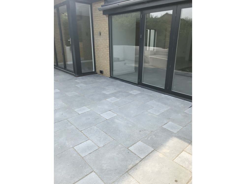 Taj Grey Tumbled £19.90 m2