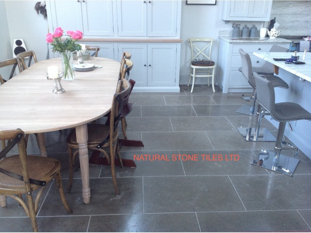 London Grey (End of line only 60 m2 left)