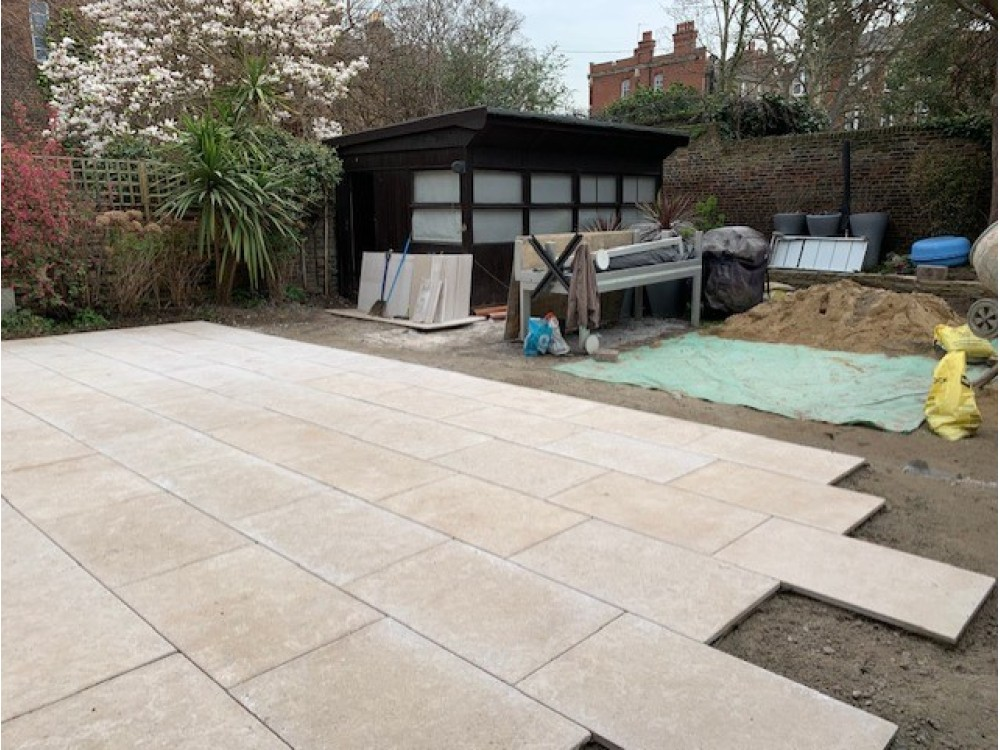 External Limestone Dijon 900x600x25 Tumbled and Brushed and 2021 ***Special £34 + Vat m2***